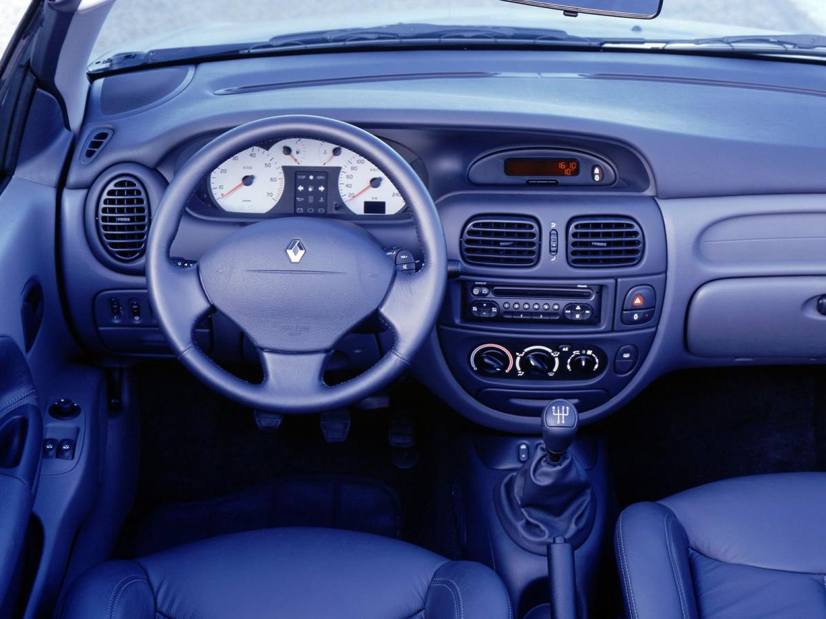 рено меган 2000 года фото